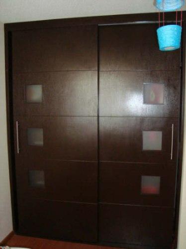 Puertas minimalistas echas a base de madera 100 natural for Cuanto sale una puerta