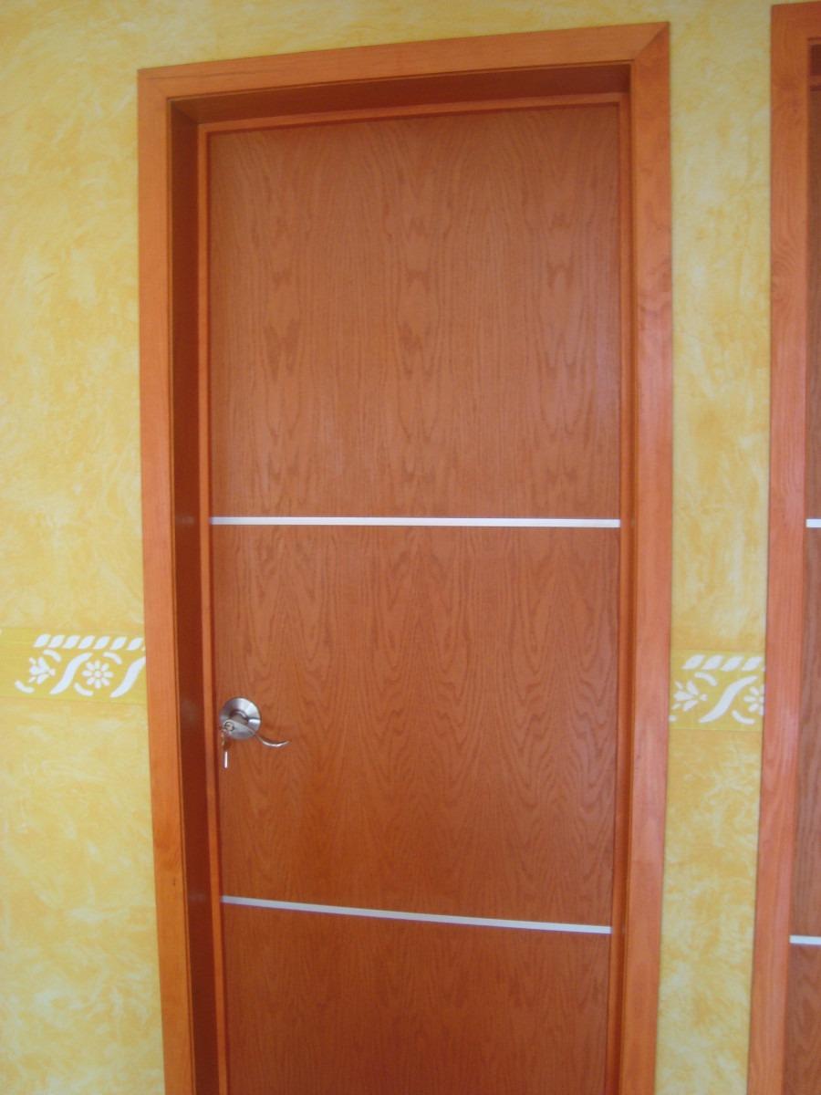 Puertas modernas echas a base de madera 100 natural for Puertas de madera interiores modernas