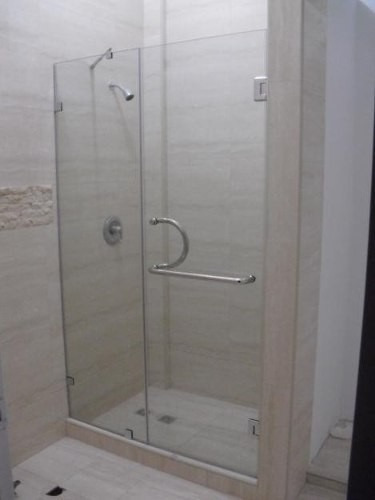 puertas, paneles fijos de baño en cristal templado