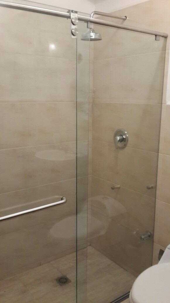 Puertas para ba o en cristal templado bs en - Puertas para el bano ...