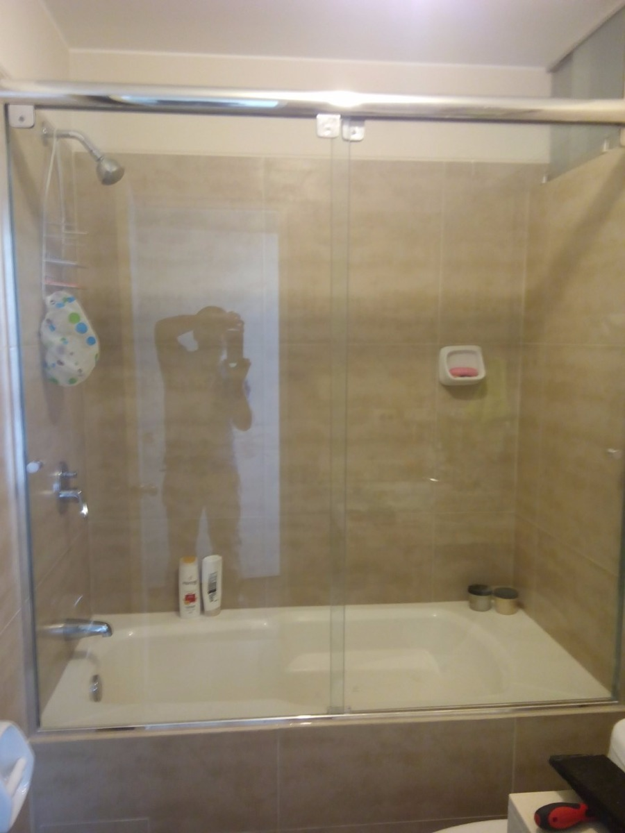 Puertas para ba o en vidrio templado o acrilico 350 soles - Puerta corrediza para bano ...