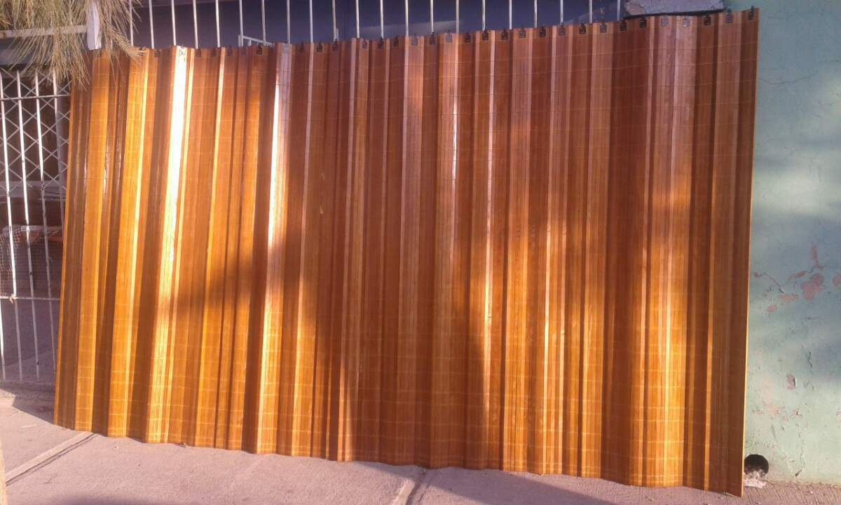 Puertas para closet a medida plegable en - Estores para balcones ...