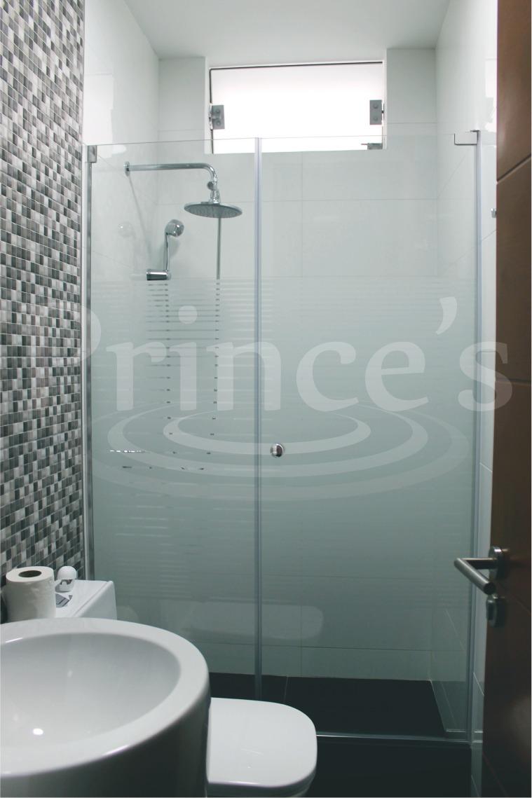 Puertas para duchas cristal templado acrilico a medida for Puerta corrediza para ducha