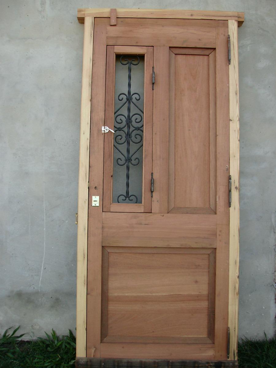 Puertas madera antiguas stunning com puertas madera for Modelos de puertas de madera para frente