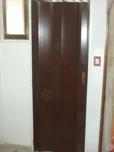 puertas plegables lisas y vitral.