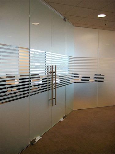 puertas polimetal,puertas flotantes,shutters. 849-859-5998