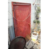 Puerta De Hierro Usada 158 Cm X 92 Cm
