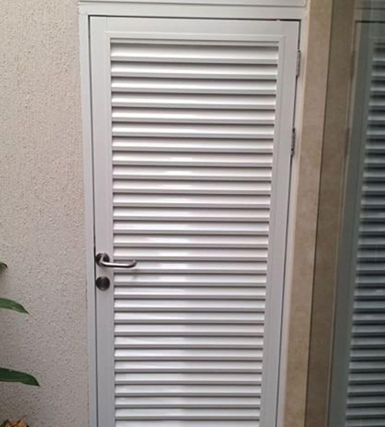 Puertas Romanillas En Aluminio, Somos Fabricantes - Bs. 220.000,00 ...