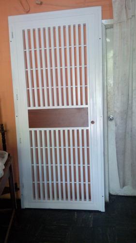 puertas santamaria