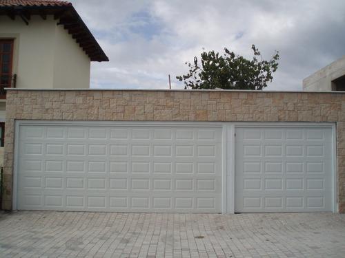 puertas seccionada panelada americana