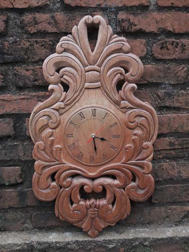 puertas talladas en madera