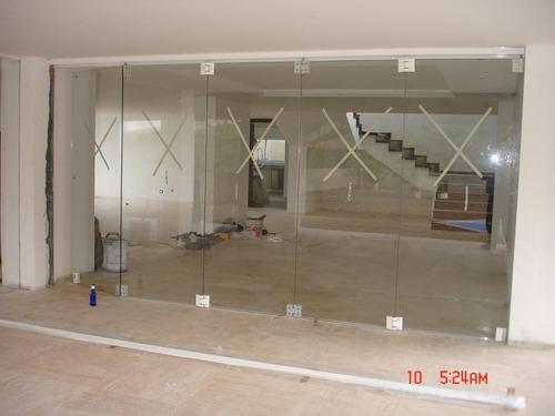 puertas todo vision  en vidrio templado