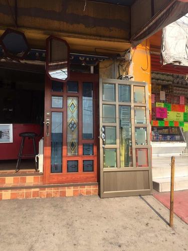 puertas, ventanas y cancelaría de aluminio, vidrio templado.
