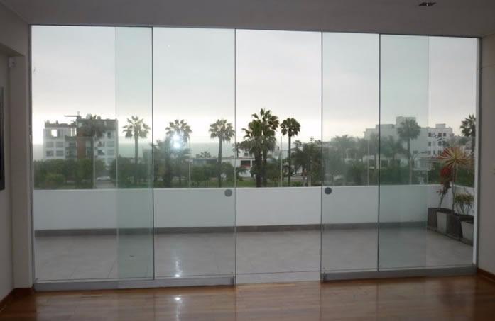 Puertas y mamparas en vidrio templado a medida s 10 00 for Mamparas de vidrio templado para banos