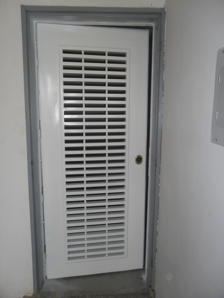 Puertas y rejas de seguridad bs 450 00 en mercado libre - Rejas de seguridad para puertas ...