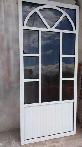 puertas,ventanas, y cancelaría de aluminio  en general
