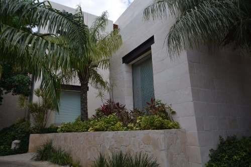 puerto cancun casa frente al mar en venta