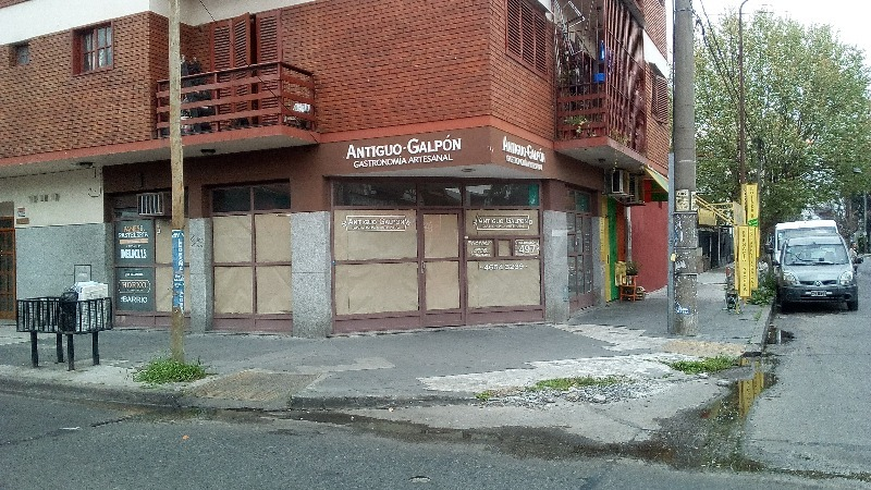 pueyrredon 400 - ramos mejía - locales a la calle - venta
