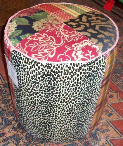 pufe redondo patchwork tapeçaria - varal