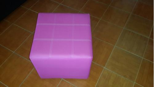 puff cuadrados en semicuero y tela medidas 45 x 45,calidad!!