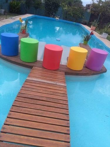 puff  de color  cilindrico...lanzamiento