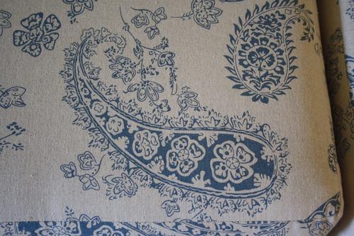 puff en tela tipo otomán ottoman