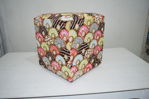 puff quadrado decorativo tecido biscoitos rosquinha donuts