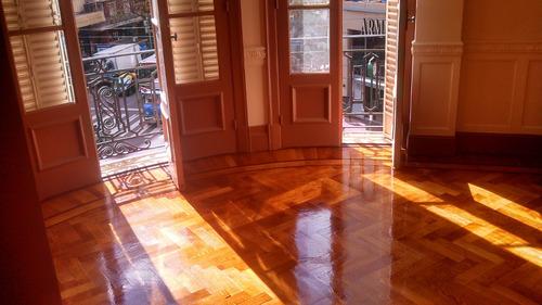 pulido plastificado e hidrolaqueado en pisos de madera