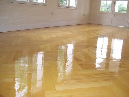 pulido plastificado hidrolaqueado pisos madera parquet