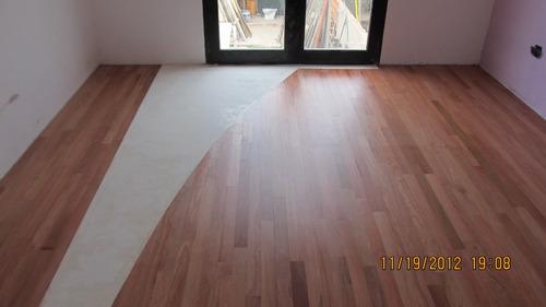 pulido plastificado y hidrolaquedo en pisos de madera.