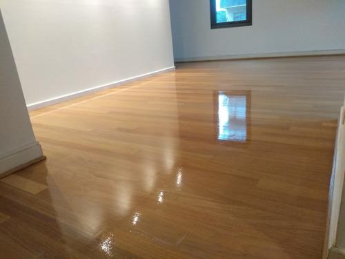 pulido y plastificado hidrolaqueado en pisos de madera