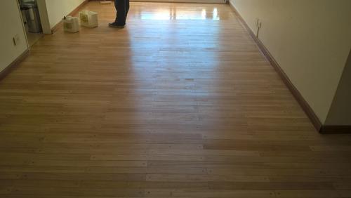 pulidos plastificados o hidrolaqueados en pisos de madera.