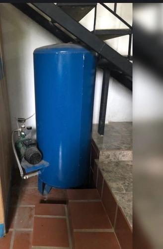 pulmón de hidroneumético de 80 galones con bomba dab de 1 hp