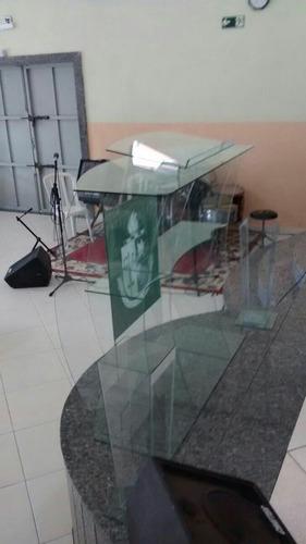 púlpito em vidro