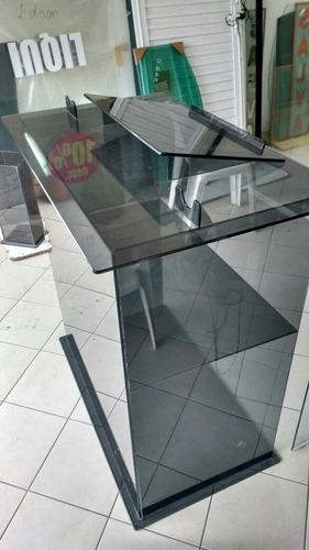 púlpito em vidro temperado
