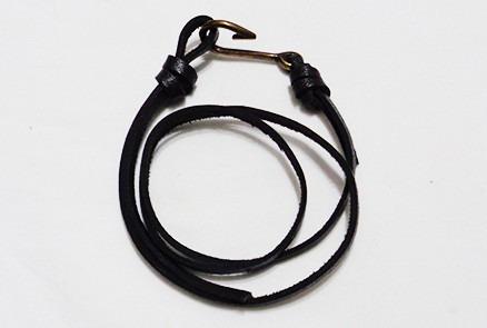 pulseira 3 voltas couro natural anzol masculina moderna