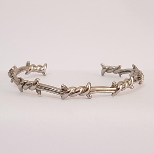 pulseira aço inox prata arame farpado
