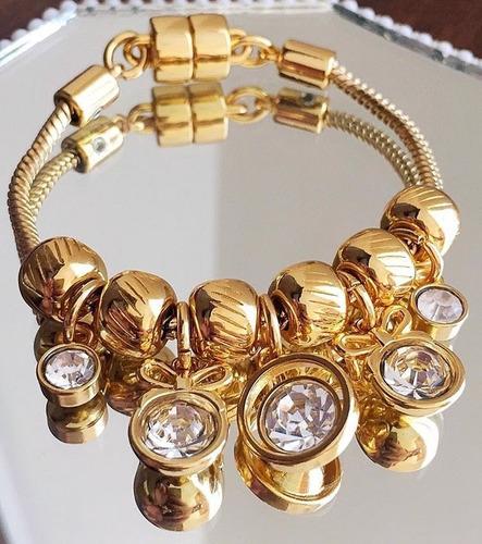 pulseira berloque dourada pingentes zircônia brilho ponto de luz