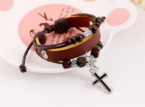 pulseira bracelete de couro - pingentes cruz