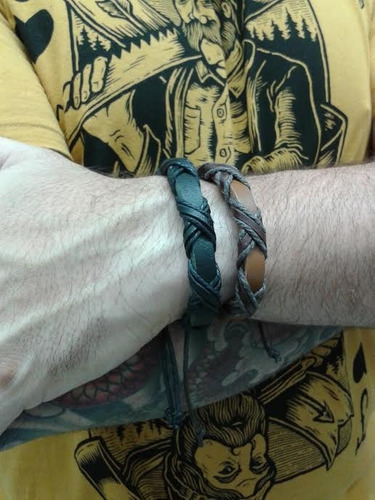 pulseira bracelete masculina couro (2 unid) 01 preço