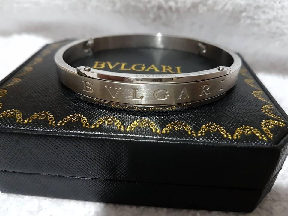 1abd953c2de pulseira bracelete masculino cor prata bvlgari. Carregando zoom.