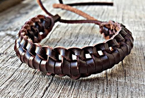 pulseira de couro mazhar