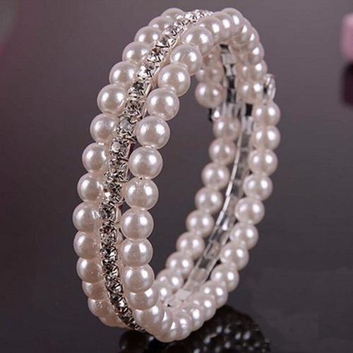 pulseira de perolas e strass bijuteria
