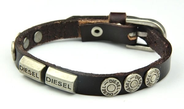 b9b0324f040 Pulseira Diesel Couro Legitimo - R  55