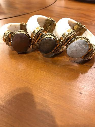 pulseira em osso e pedra