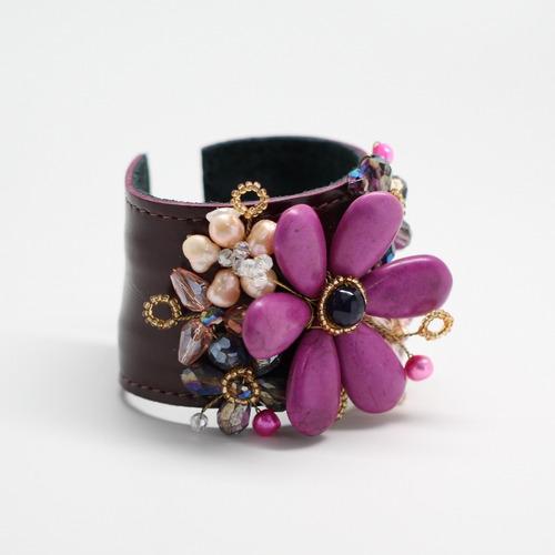 pulseira feminina bracelete cuff grande maxi couro e pedras