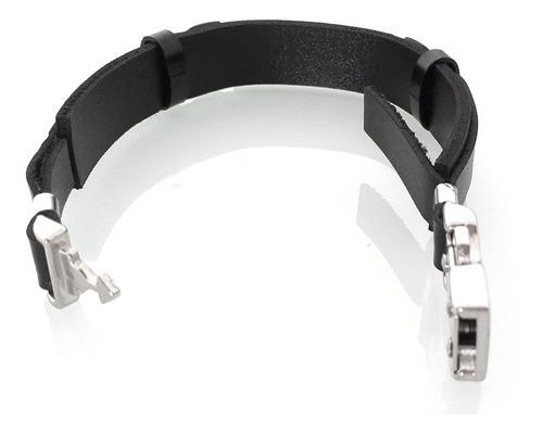 pulseira masculina couro preto detalhe placa foco força e fé