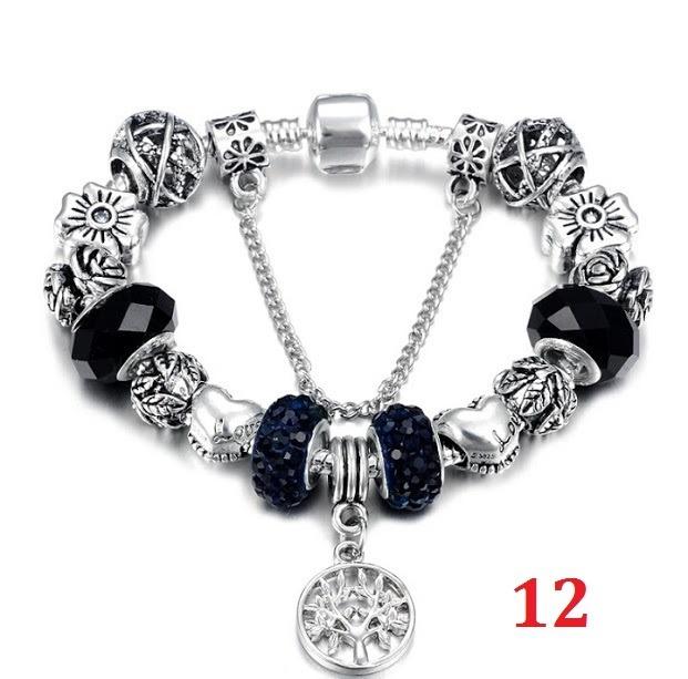 69073d118 Pulseira Pandora Banhada Prata 925 Completa Com Berloques - R  62