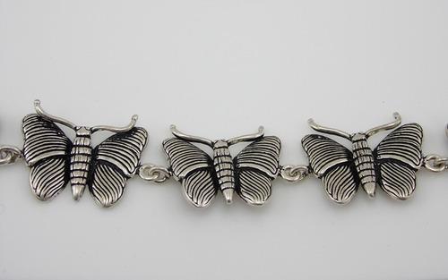pulseira prata  de bali- borboletas