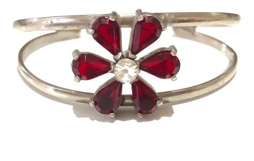 pulseira prateada com flor em cristais vermelhos
